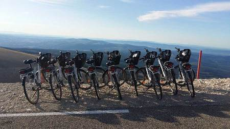 Balades à Vélos pour les groupes de 10 à 100 personnes autour des musts de Provence